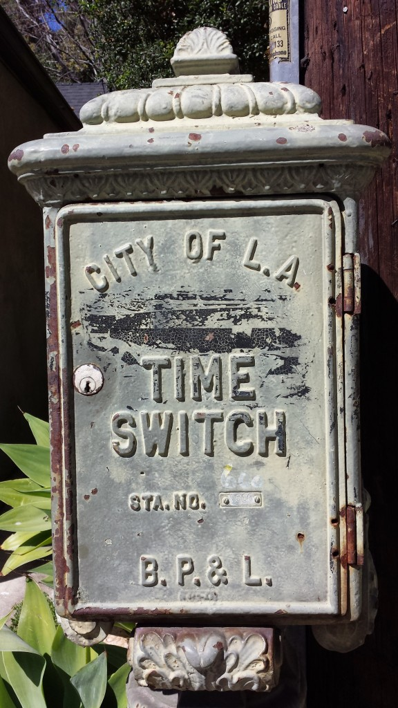 This is ye olde timey time switch. I have no idea what that is, but I liked the look of it.